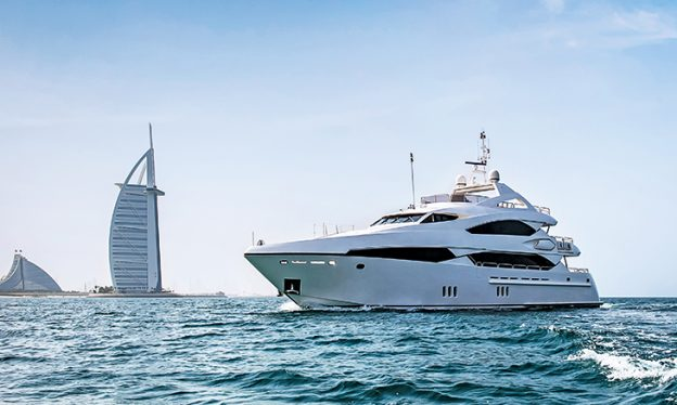 Requisites and prerequisites of renting a yacht in Dubai